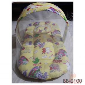 Medium sized Baby Bed Center Chain Gadhi