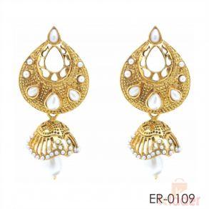 Rich Lady Fancy White Earring