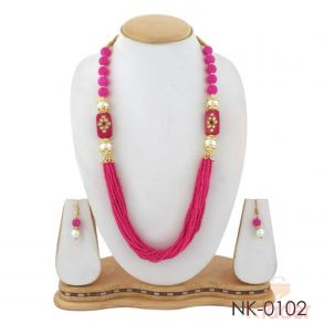 Multy Layered Beads Necklace with Earings pink