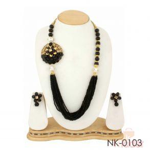 Partywear Dailywear Necklace Set Jewellers black