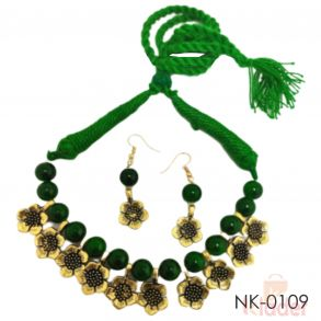 Trending Beads and oxidised metal flower Necklace Set