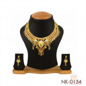 Gold Plated Traditional Neckalce with Earrings